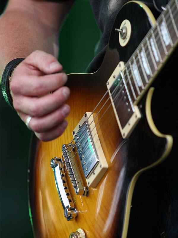 Rock guitar lessons Peterborough